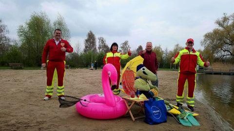 Rettungsschwimmer im NaturBad
